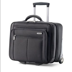Samsonite carryon laptop rolling case